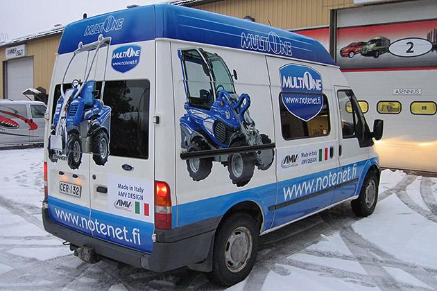 Ford-Transit-valkoinen-15