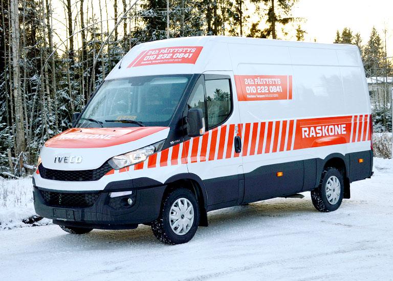 Ajaks-line-raskone-pakettiauto